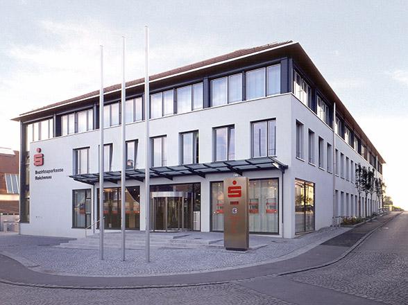Neubau Bezirkssparkasse in Reichenau