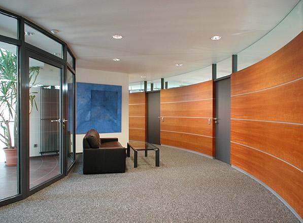 Ausstellungs- und Bürogebäude Papst Licensing in St. Georgen